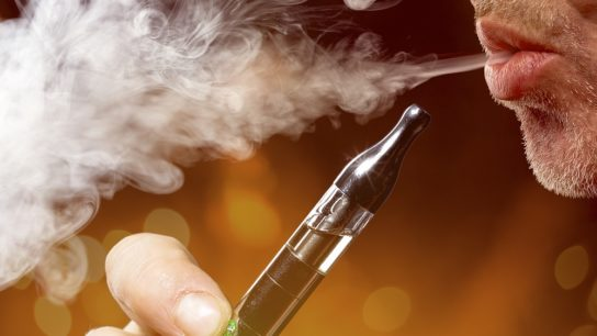 Electronic cigarettes cause an imbalance of cardiac autonomic tone and increased oxidative stress