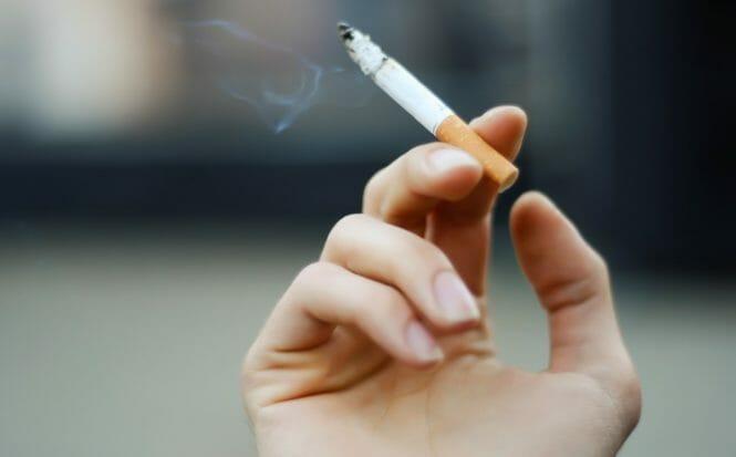 Subarachnoid Hemorrhage Risk With Smoking