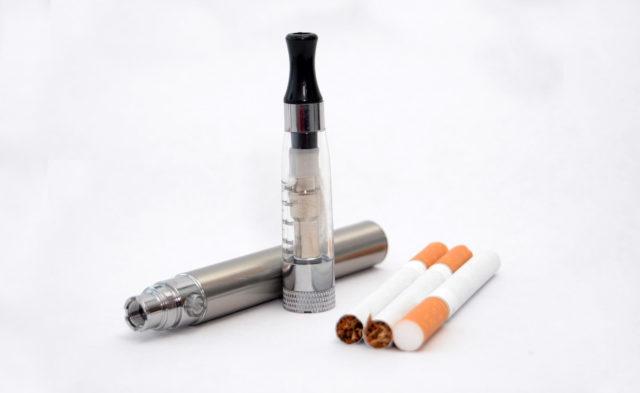 E cigarettes and cigarettes